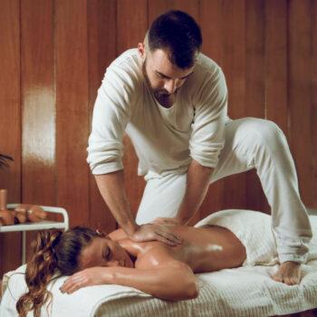 immagine rappresentativa del back and neck massaggio di 30 minuti